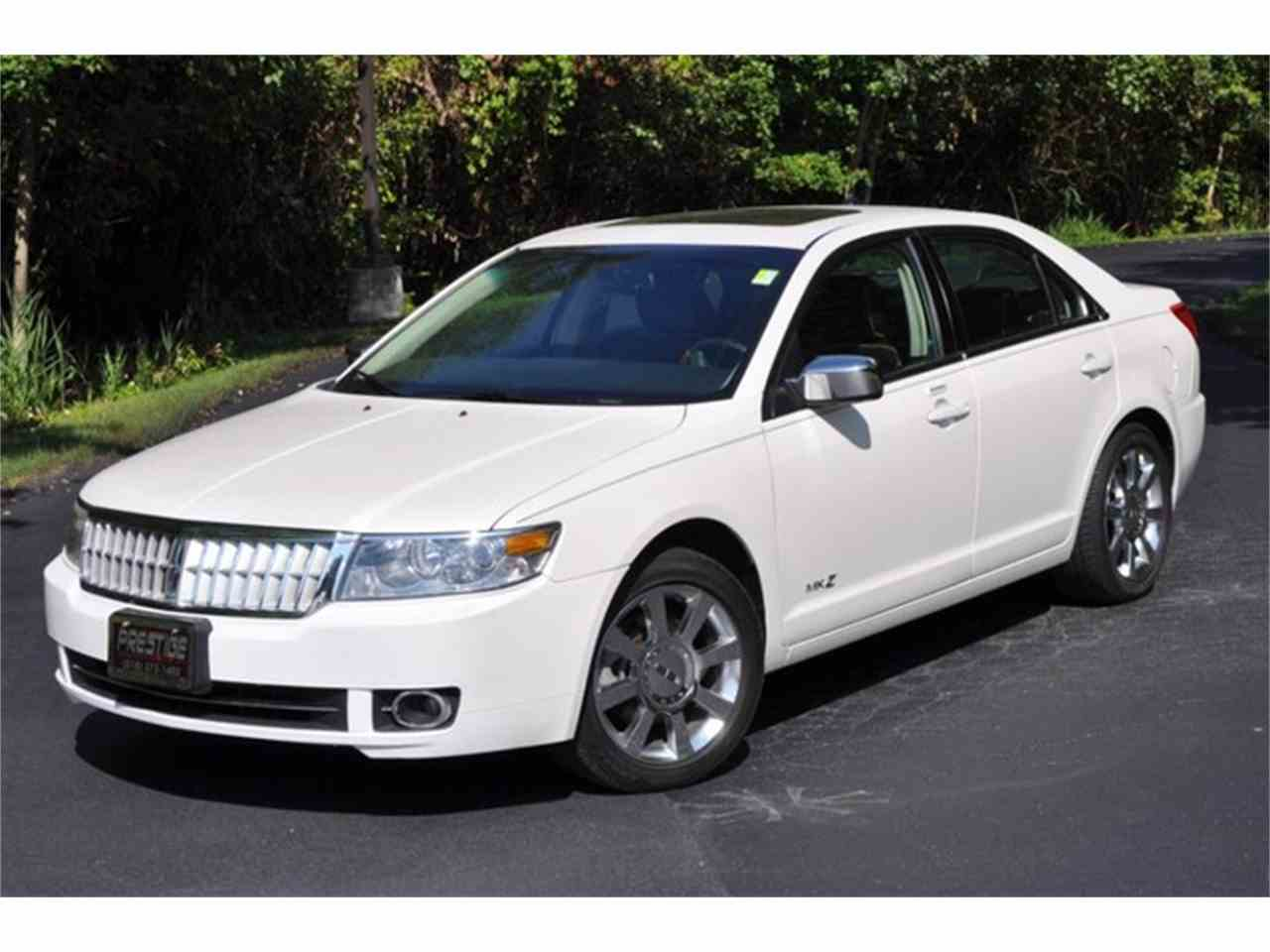 Large Picture of '09 Lincoln MKZ - $11,999.00 Offered by Prestige Motor Car Co. - LRLK