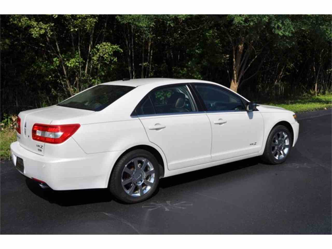 Large Picture of 2009 Lincoln MKZ located in Clifton Park New York - $11,999.00 Offered by Prestige Motor Car Co. - LRLK