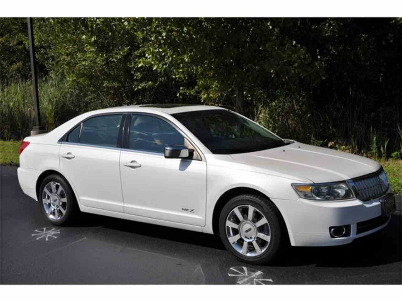 Large Picture of 2009 Lincoln MKZ located in Clifton Park New York Offered by Prestige Motor Car Co. - LRLK
