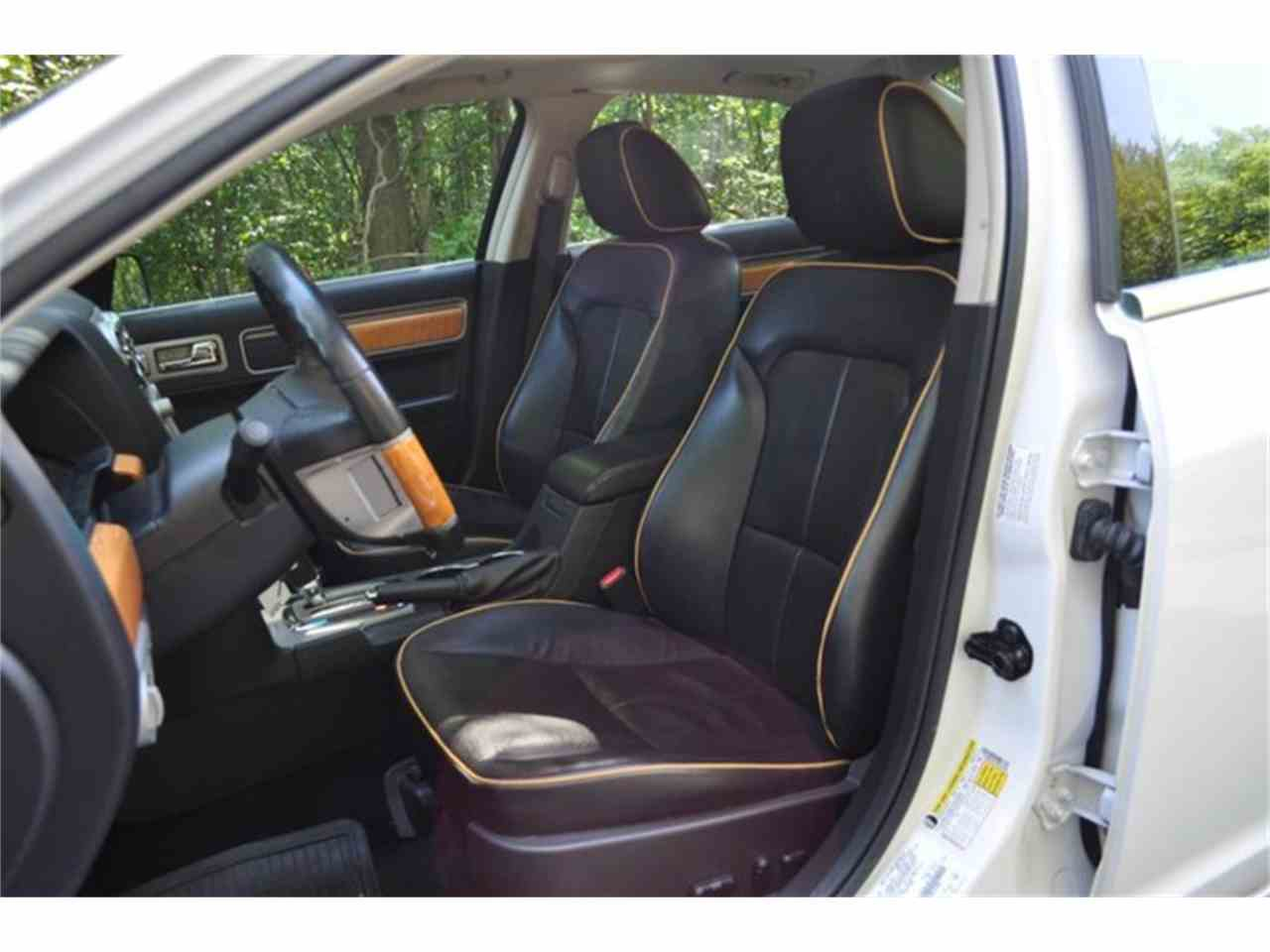 Large Picture of 2009 Lincoln MKZ - LRLK
