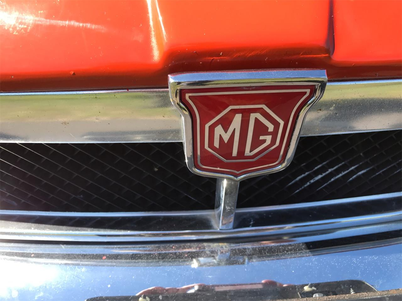 Large Picture of '74 MGB - LRN8
