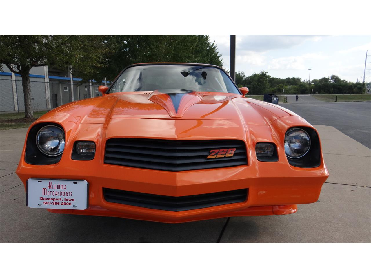 Large Picture of '81 Camaro Z28 - LRQM