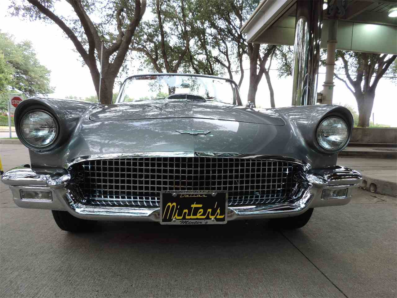 Large Picture of '57 Thunderbird - LRQQ