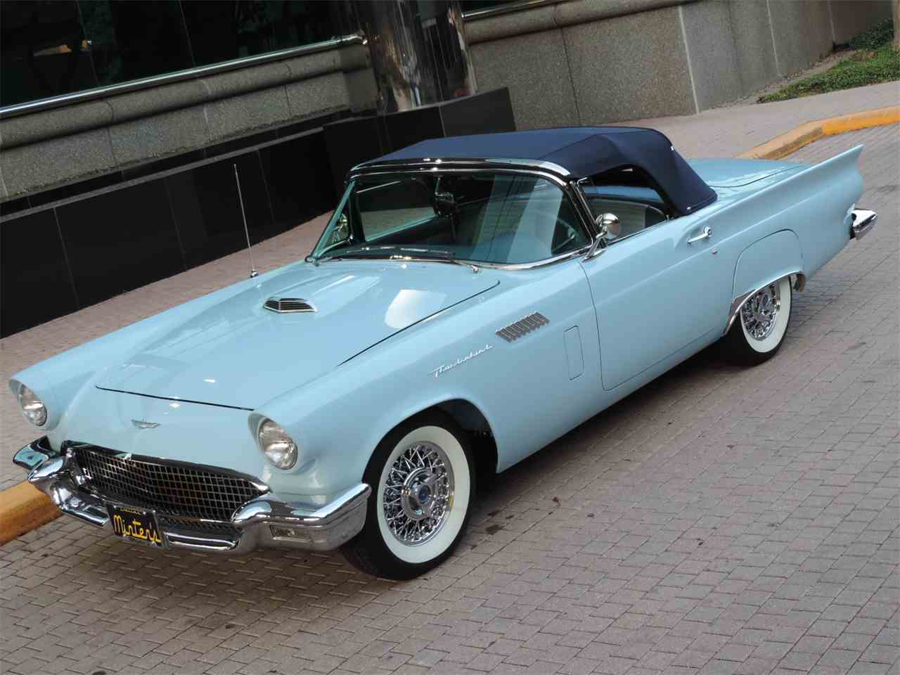 Large Picture of '57 Thunderbird - LRQZ