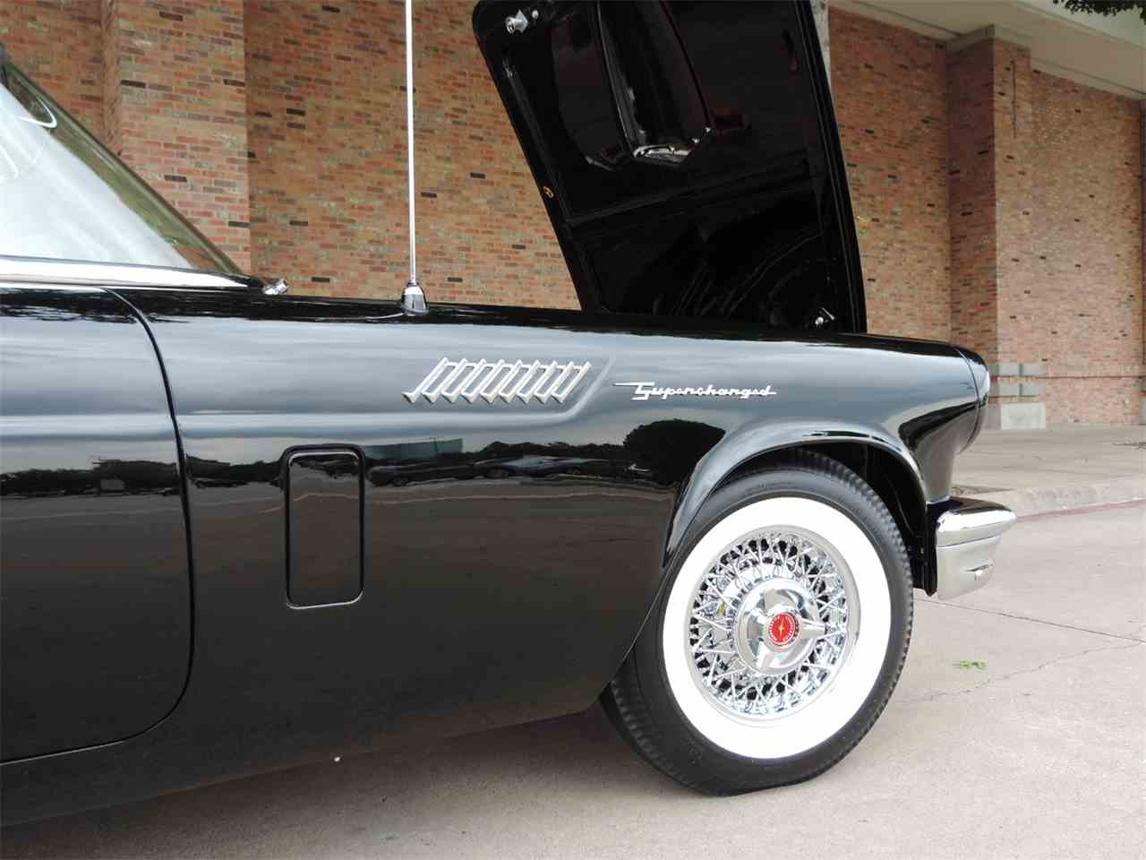 Large Picture of Classic '57 Ford Thunderbird located in Texas Offered by Amos Minter's Thunderbirds - LRR3