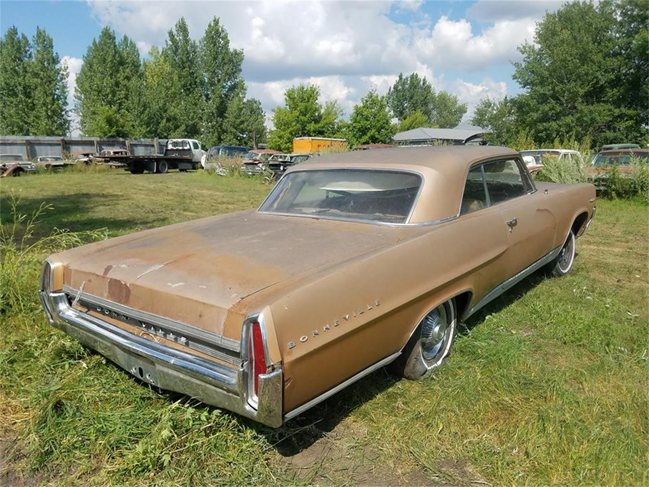 Large Picture of Classic '64 Pontiac Bonneville - $2,000.00 Offered by Backyard Classics - LRRT