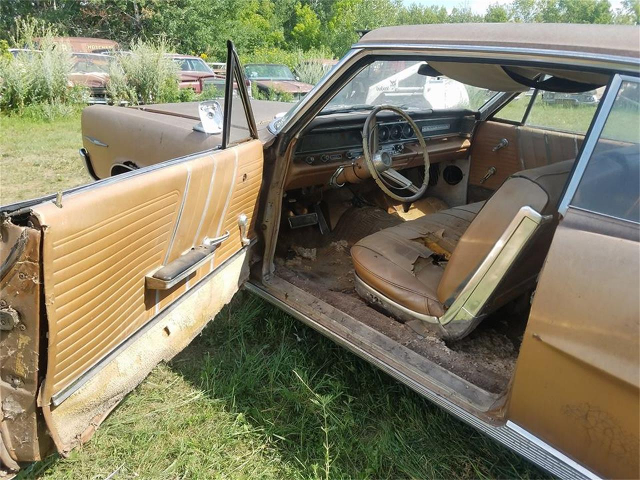 Large Picture of Classic 1964 Pontiac Bonneville located in Minnesota - LRRT