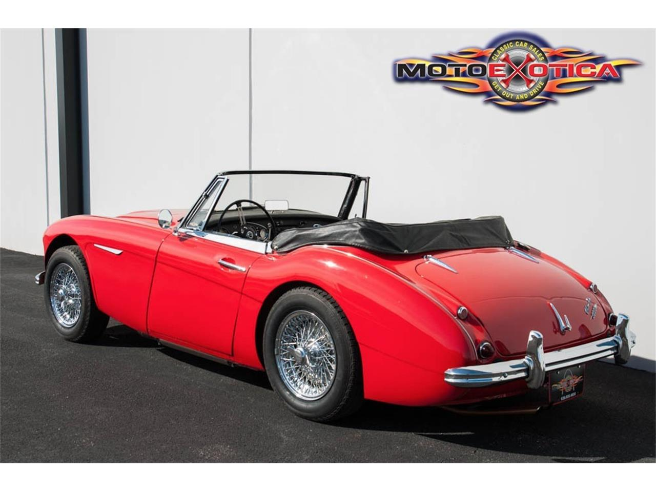 Large Picture of 1963 Austin-Healey 3000 Mark II Offered by MotoeXotica Classic Cars - LRSJ