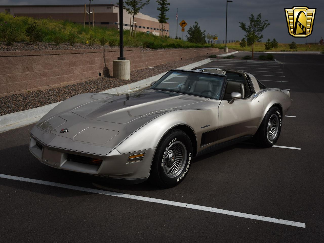 Large Picture of 1982 Chevrolet Corvette located in Illinois Offered by Gateway Classic Cars - Denver - LNRR