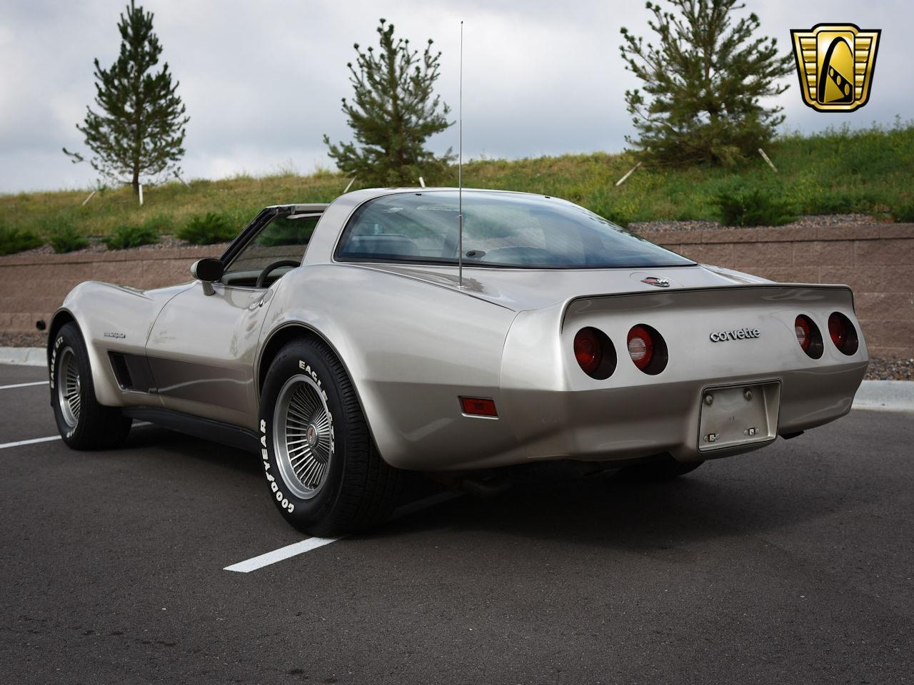 Large Picture of 1982 Chevrolet Corvette located in O'Fallon Illinois - $18,995.00 - LNRR