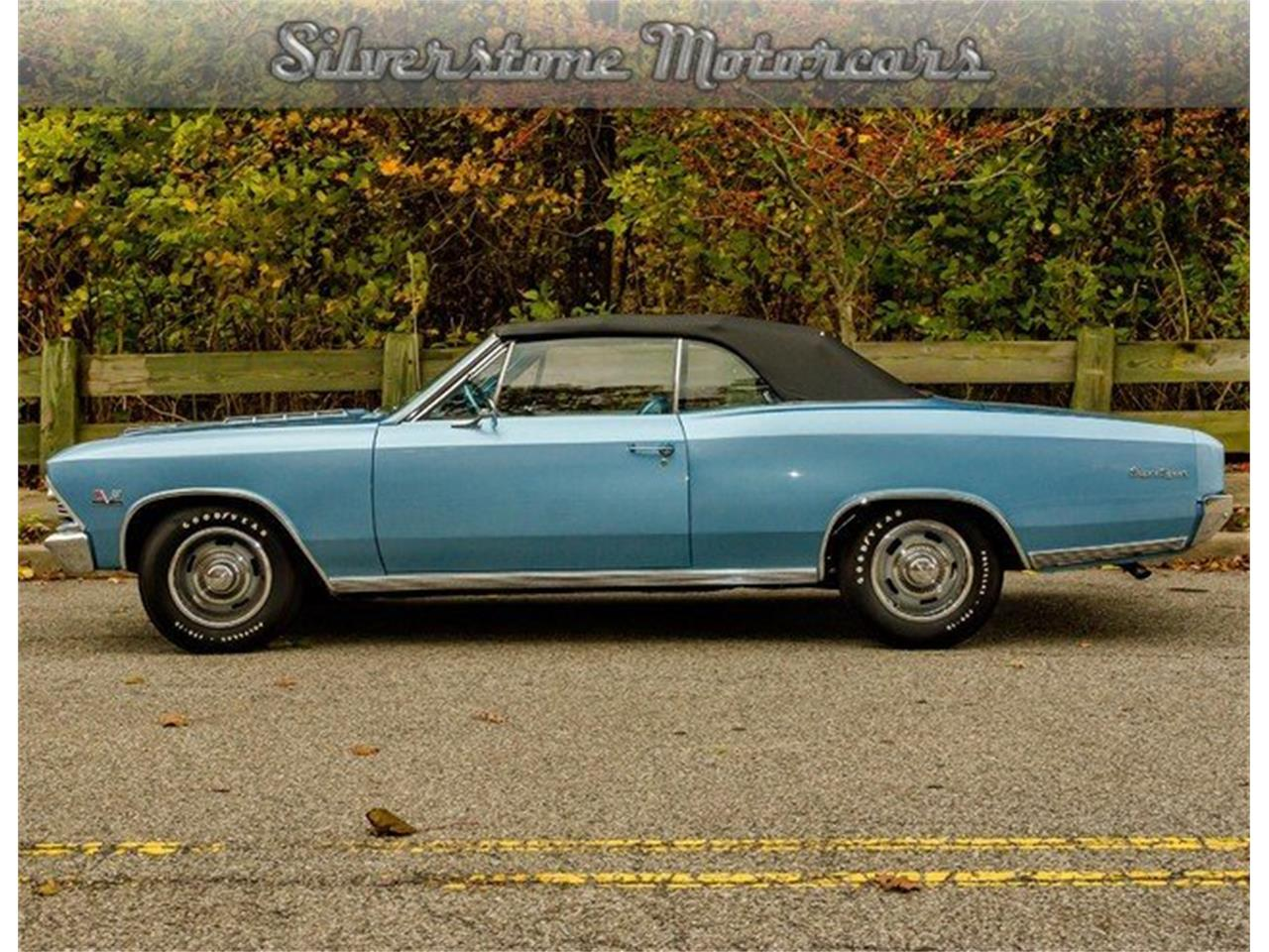 Large Picture of '66 Chevelle SS - LRTM