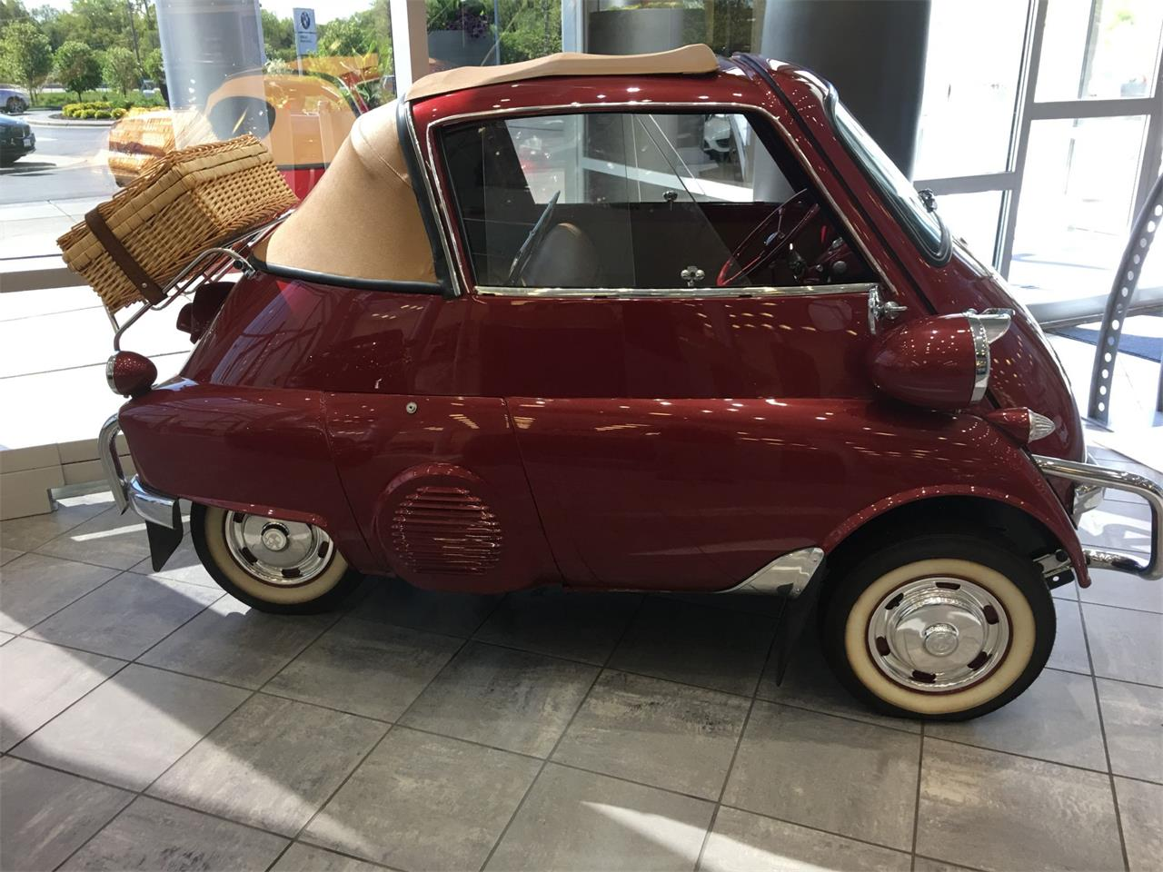 Large Picture of '58 Isetta - LRUO