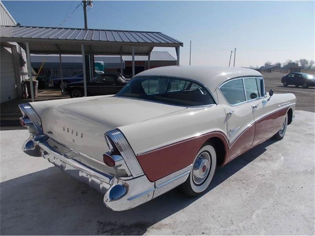 Large Picture of '57 Riviera - LRUT
