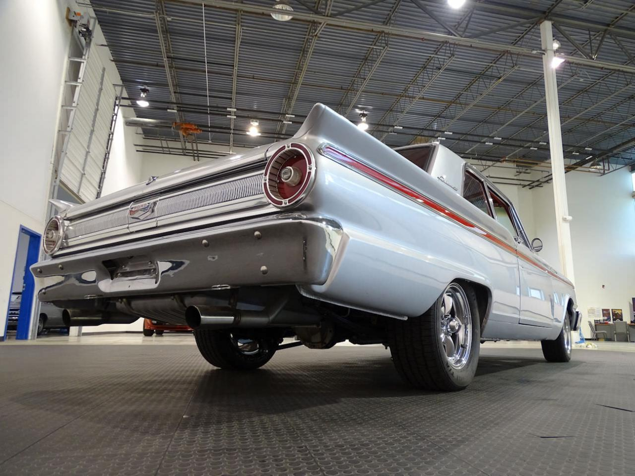 Large Picture of Classic 1963 Ford Fairlane located in Indianapolis Indiana - LRV1