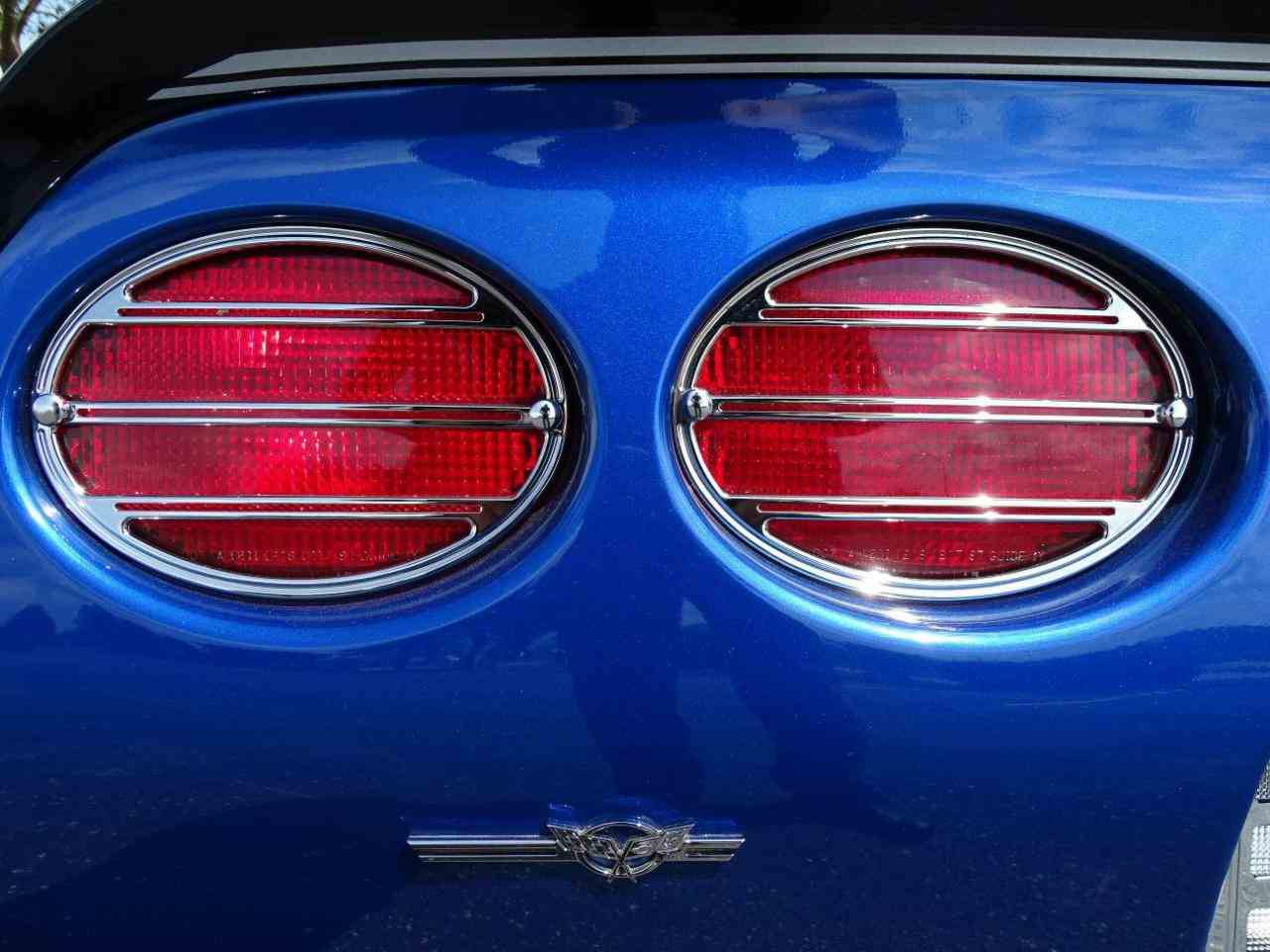 Large Picture of '02 Corvette - LRV5