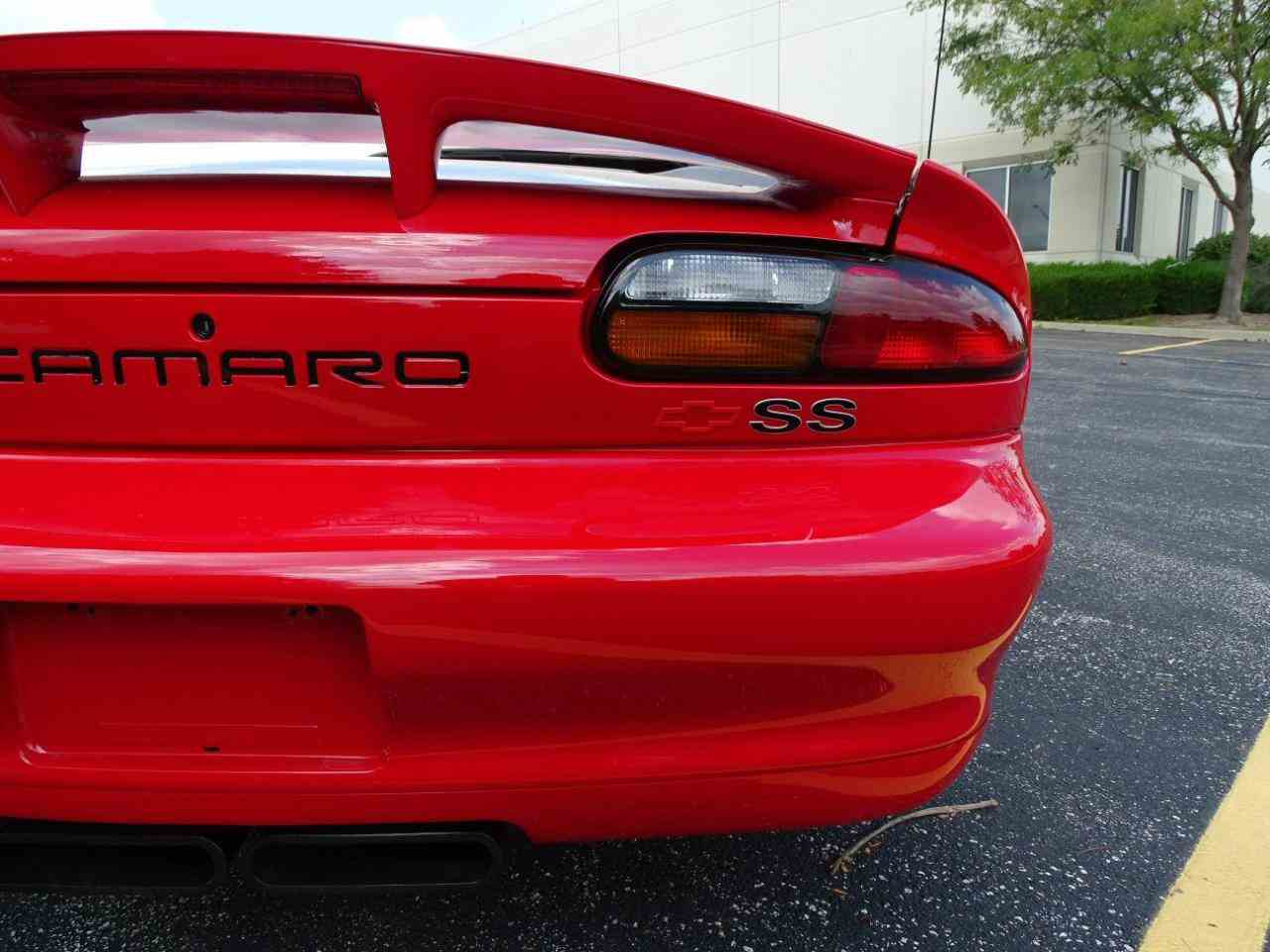 Large Picture of '02 Chevrolet Camaro located in Illinois - $20,995.00 - LRV9