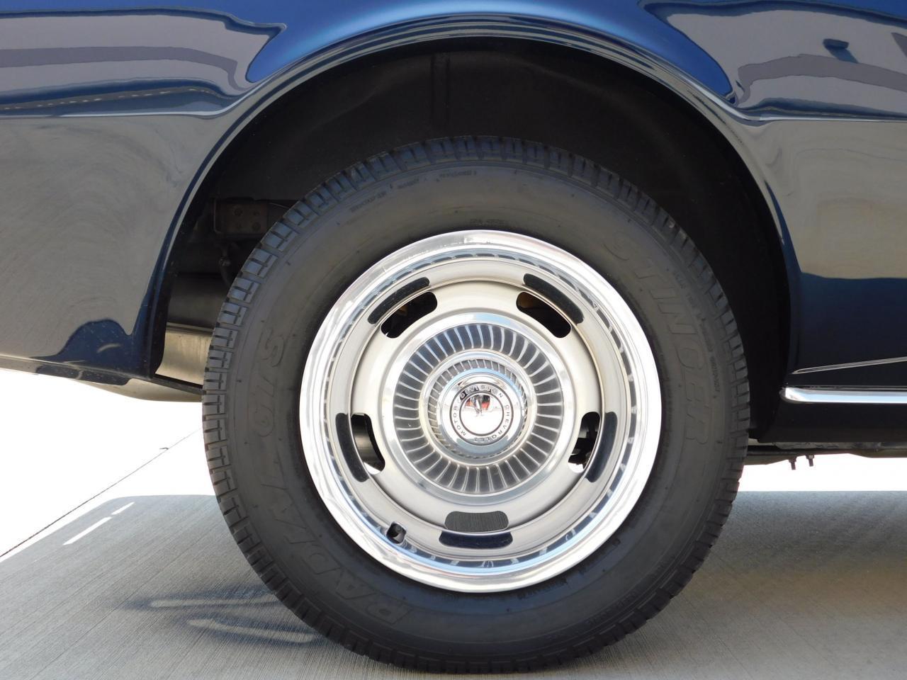 Large Picture of '68 Camaro - LRVS