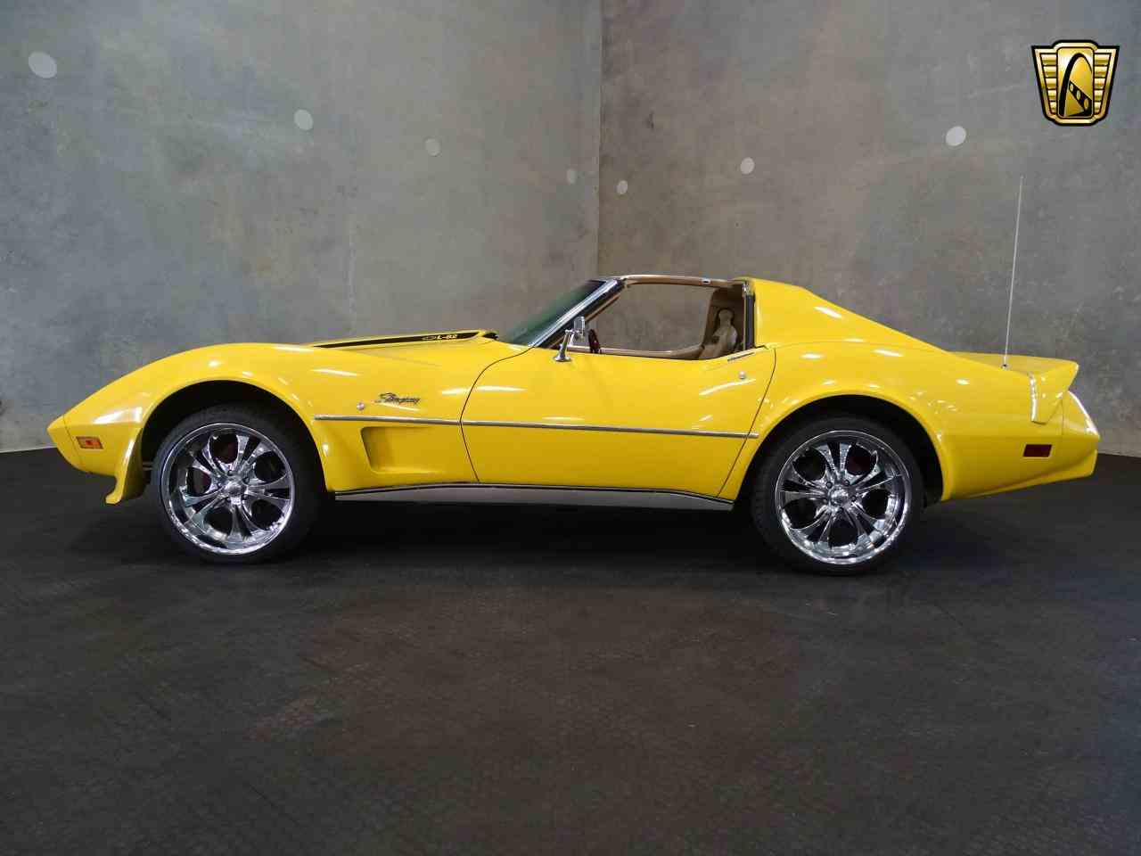 Large Picture of '75 Corvette - LRVY