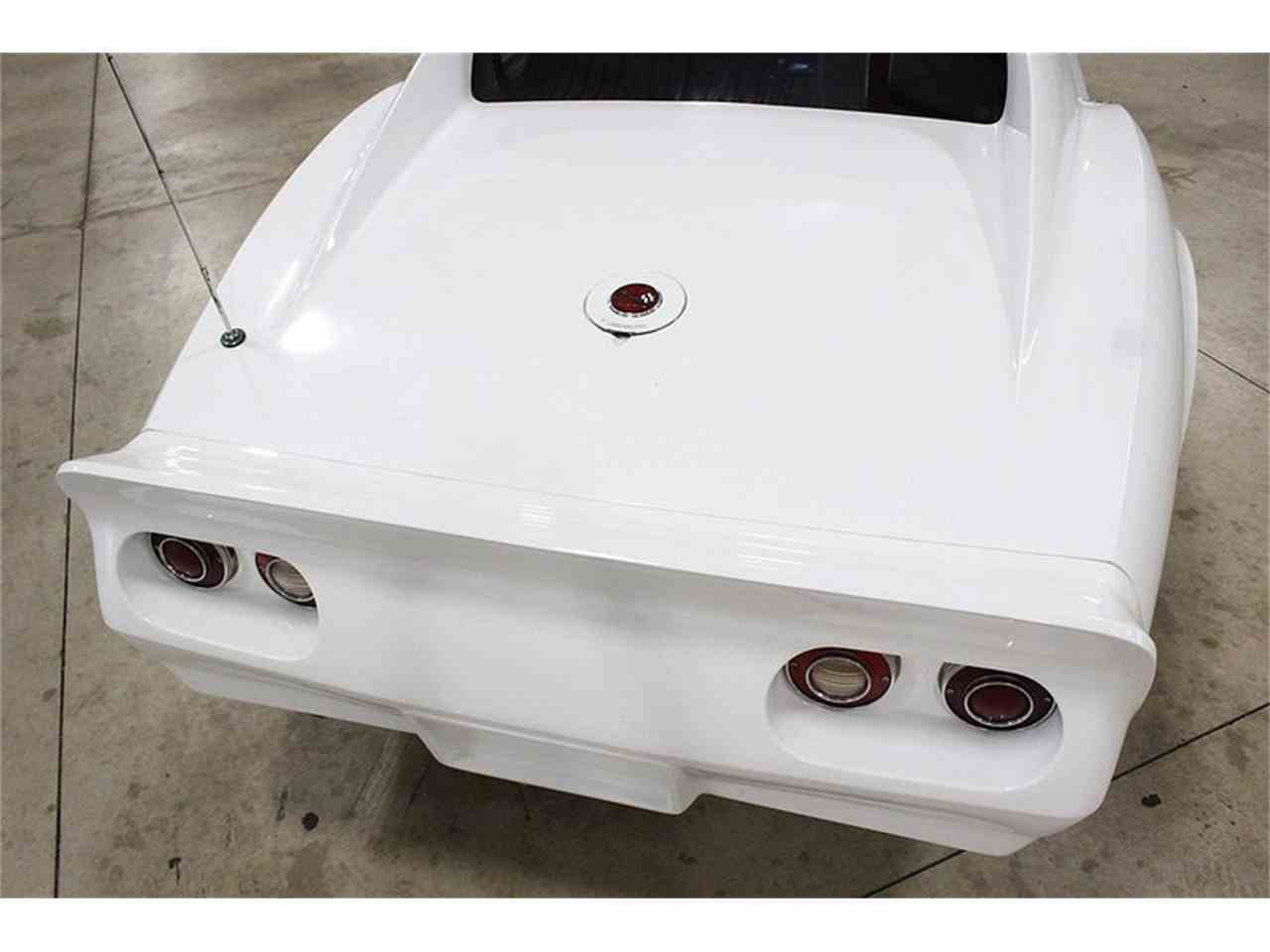Large Picture of '76 Chevrolet Corvette Offered by GR Auto Gallery - LRX2