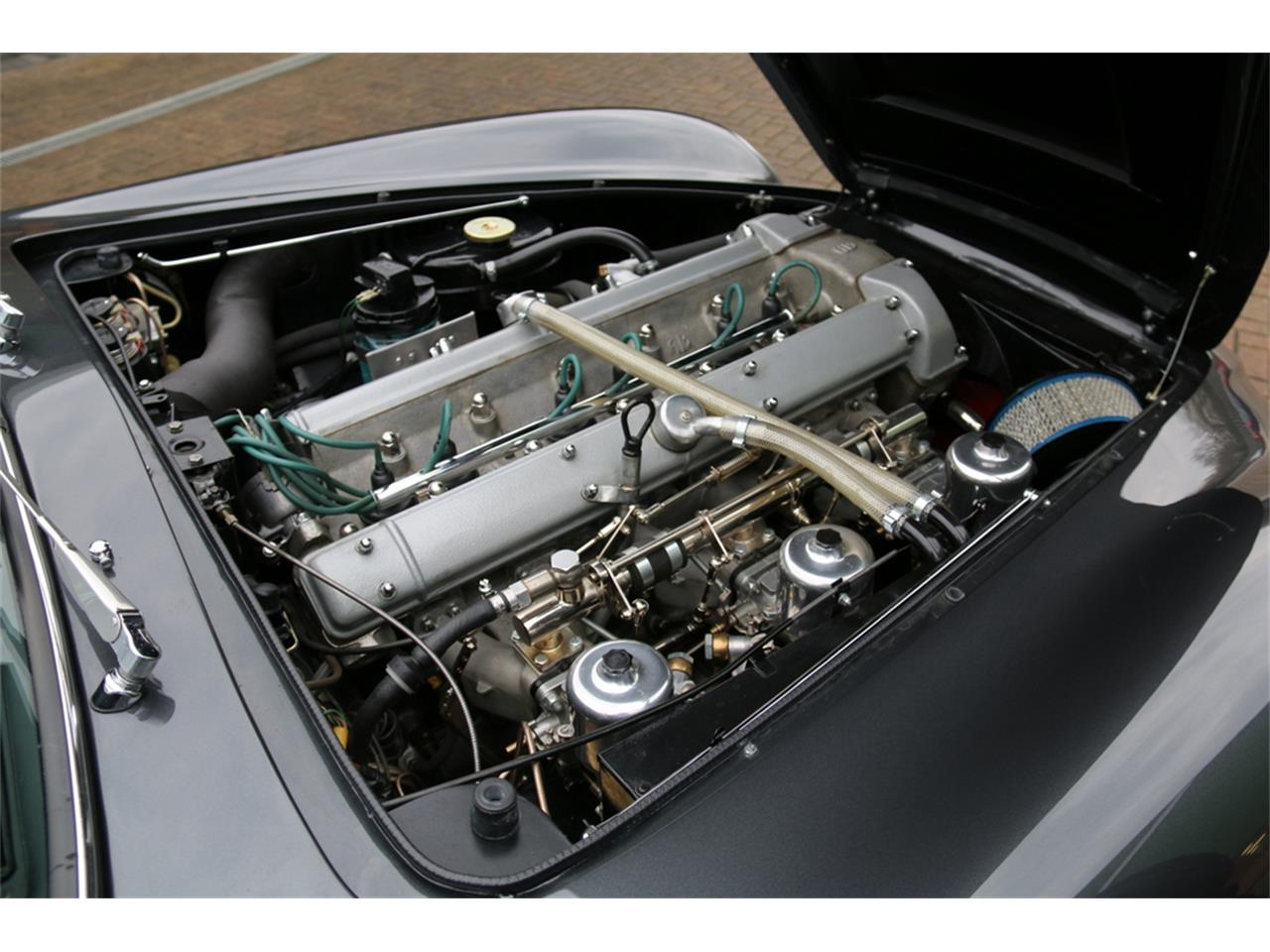 Large Picture of '70 DB6 Mark II - LRY5