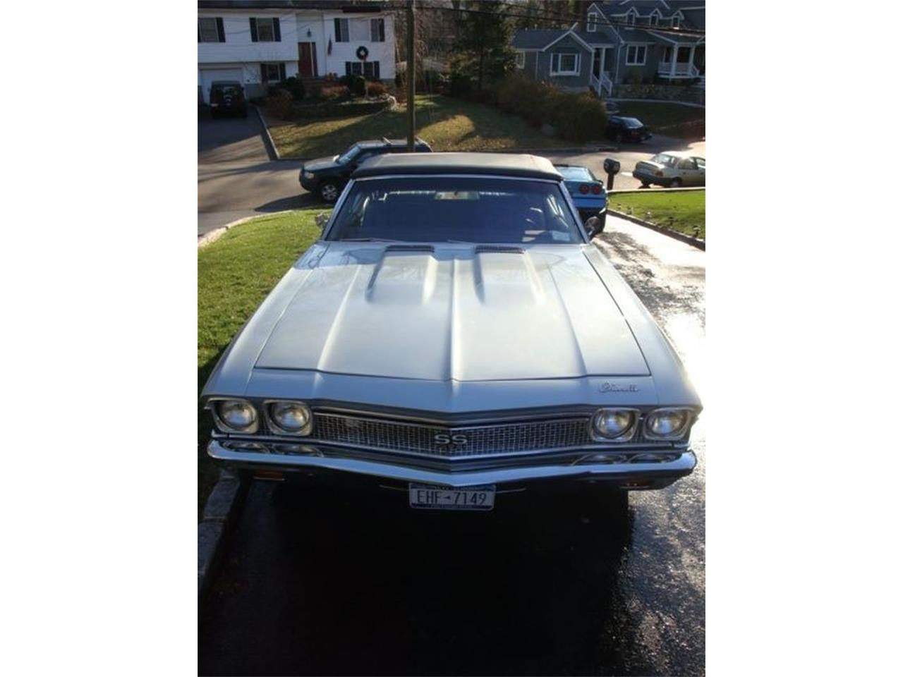 Large Picture of '68 Chevelle SS - LRY8