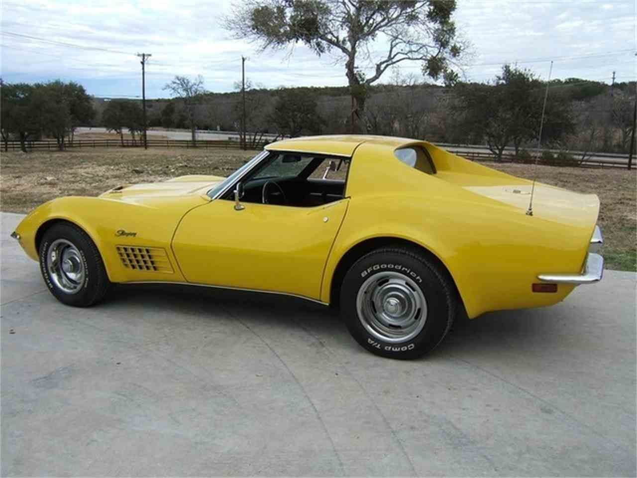 Large Picture of '71 Corvette - LRYL