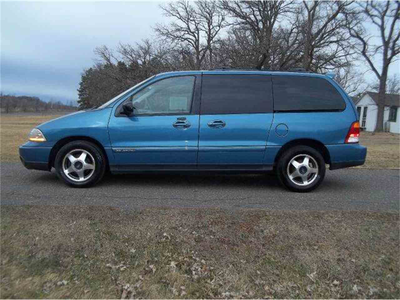 Large Picture of '01 Windstar - LRZA