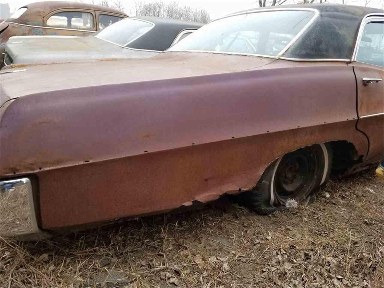 Large Picture of '67 Pontiac Sedan located in Minnesota - LS27