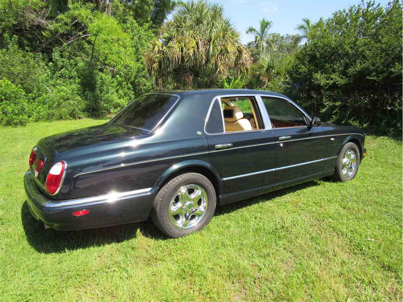 Large Picture of '99 Bentley Arnage - $33,900.00 - LS29