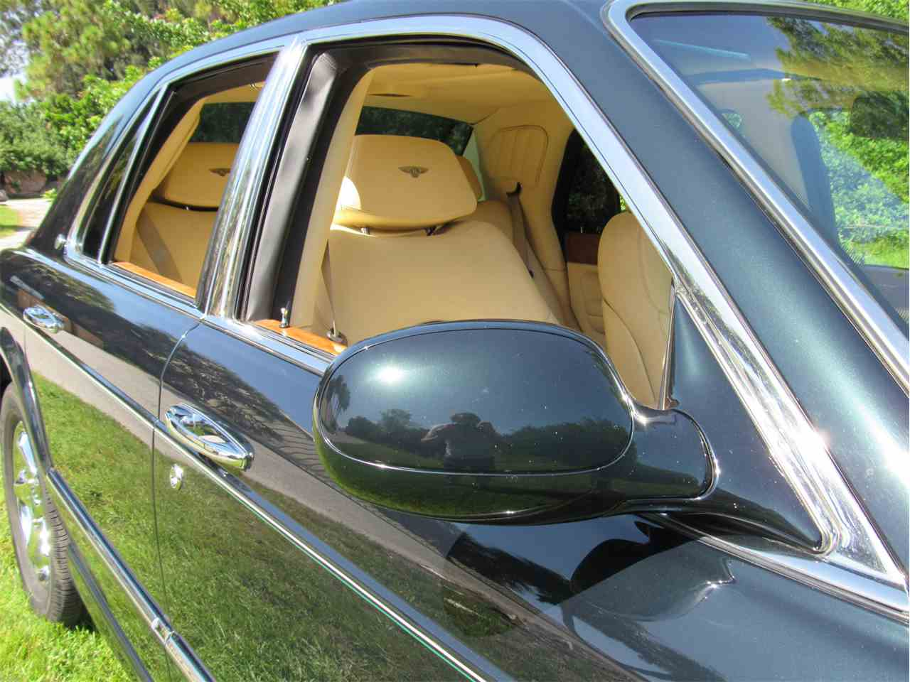 Large Picture of 1999 Arnage located in Florida Offered by Vintage Motors Sarasota - LS29