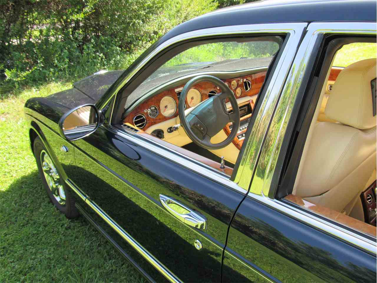 Large Picture of 1999 Bentley Arnage located in Sarasta Florida - $33,900.00 - LS29