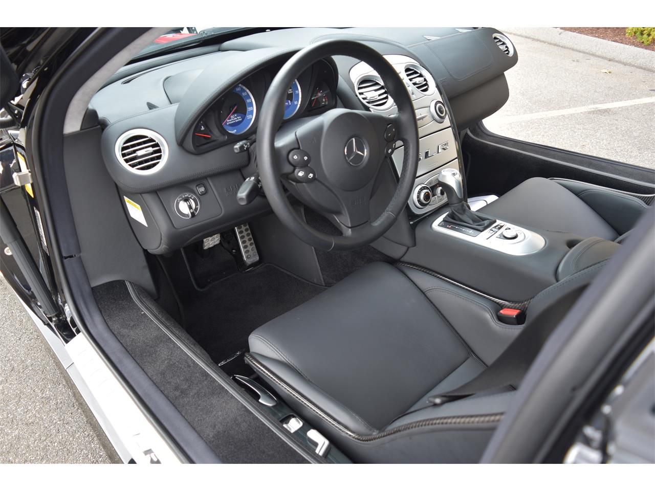 Large Picture of 2006 SLR McLaren located in WALLINGFORD Connecticut Auction Vehicle Offered by GT Motor Cars - LS3K
