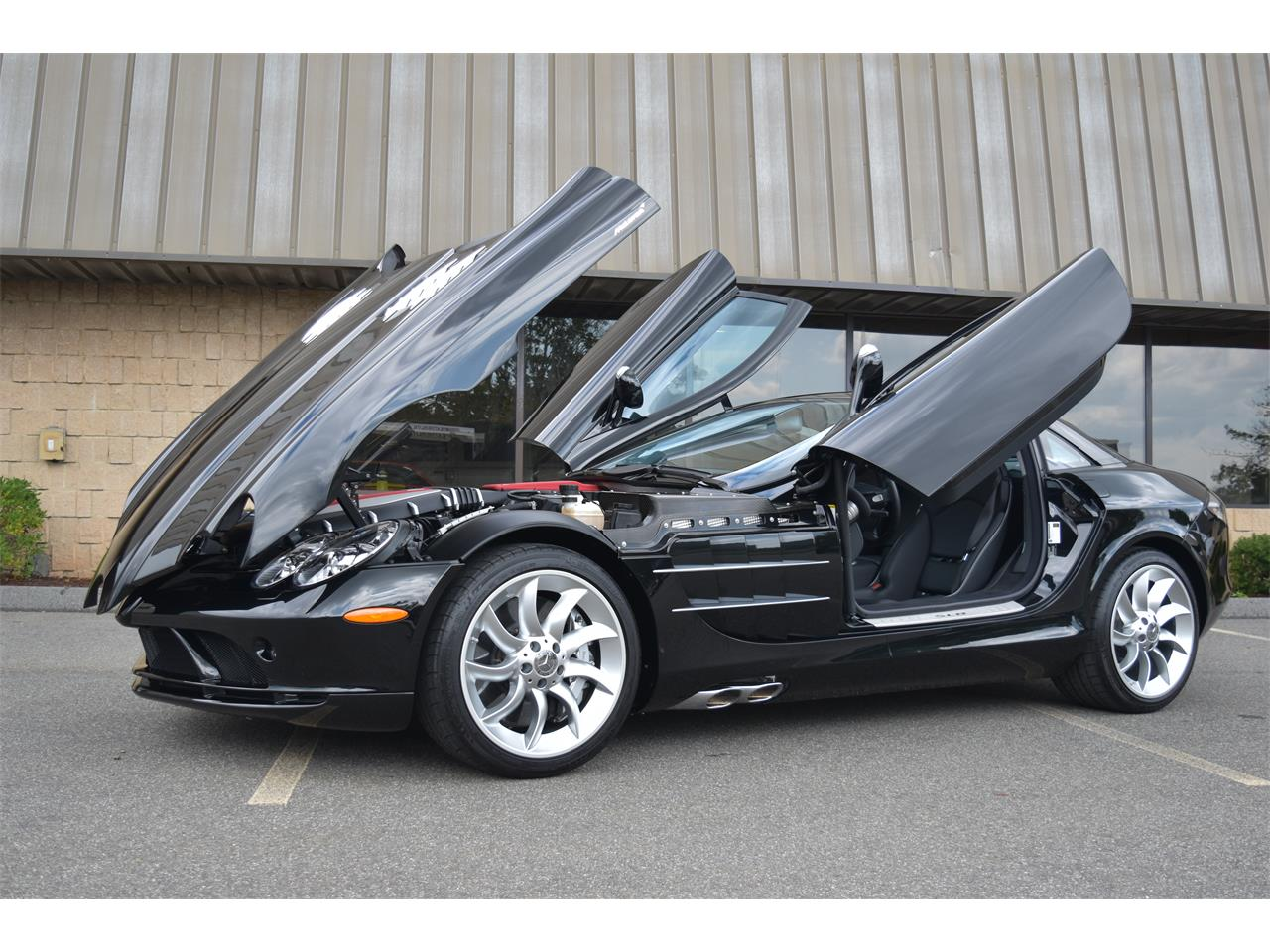 Large Picture of '06 SLR McLaren Auction Vehicle Offered by GT Motor Cars - LS3K