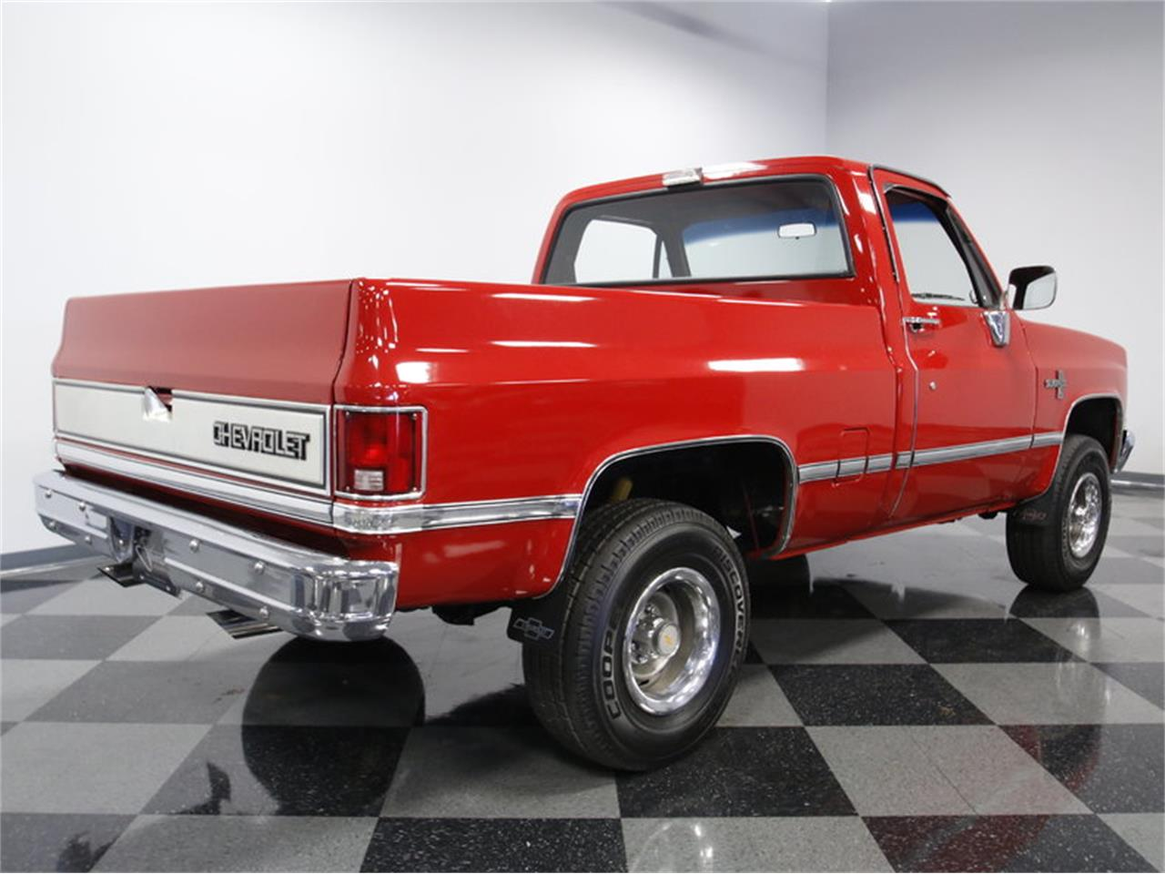 Large Picture of 1985 Chevrolet K-10 - LS4D