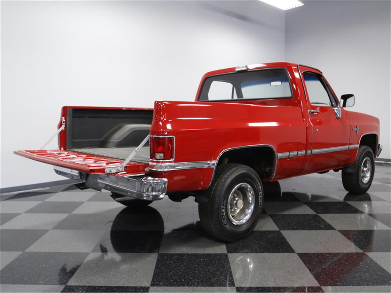 Large Picture of 1985 Chevrolet K-10 located in Concord North Carolina - LS4D