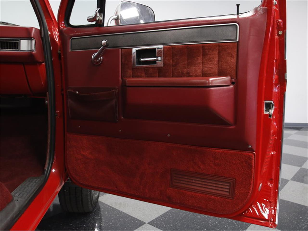 Large Picture of '85 Chevrolet K-10 - $26,995.00 Offered by Streetside Classics - Charlotte - LS4D