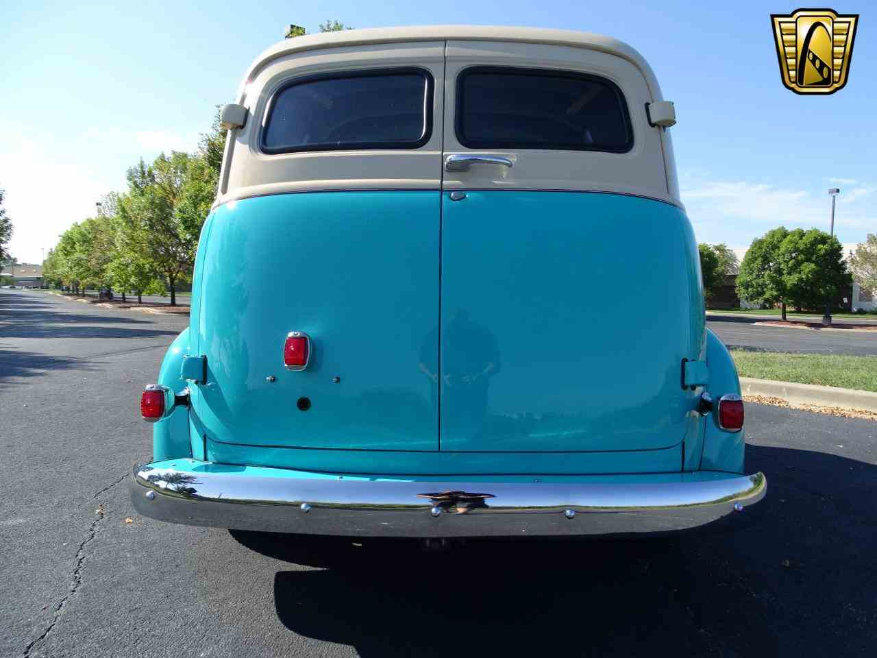 Large Picture of 1949 Chevrolet Suburban located in O'Fallon Illinois - LS7T