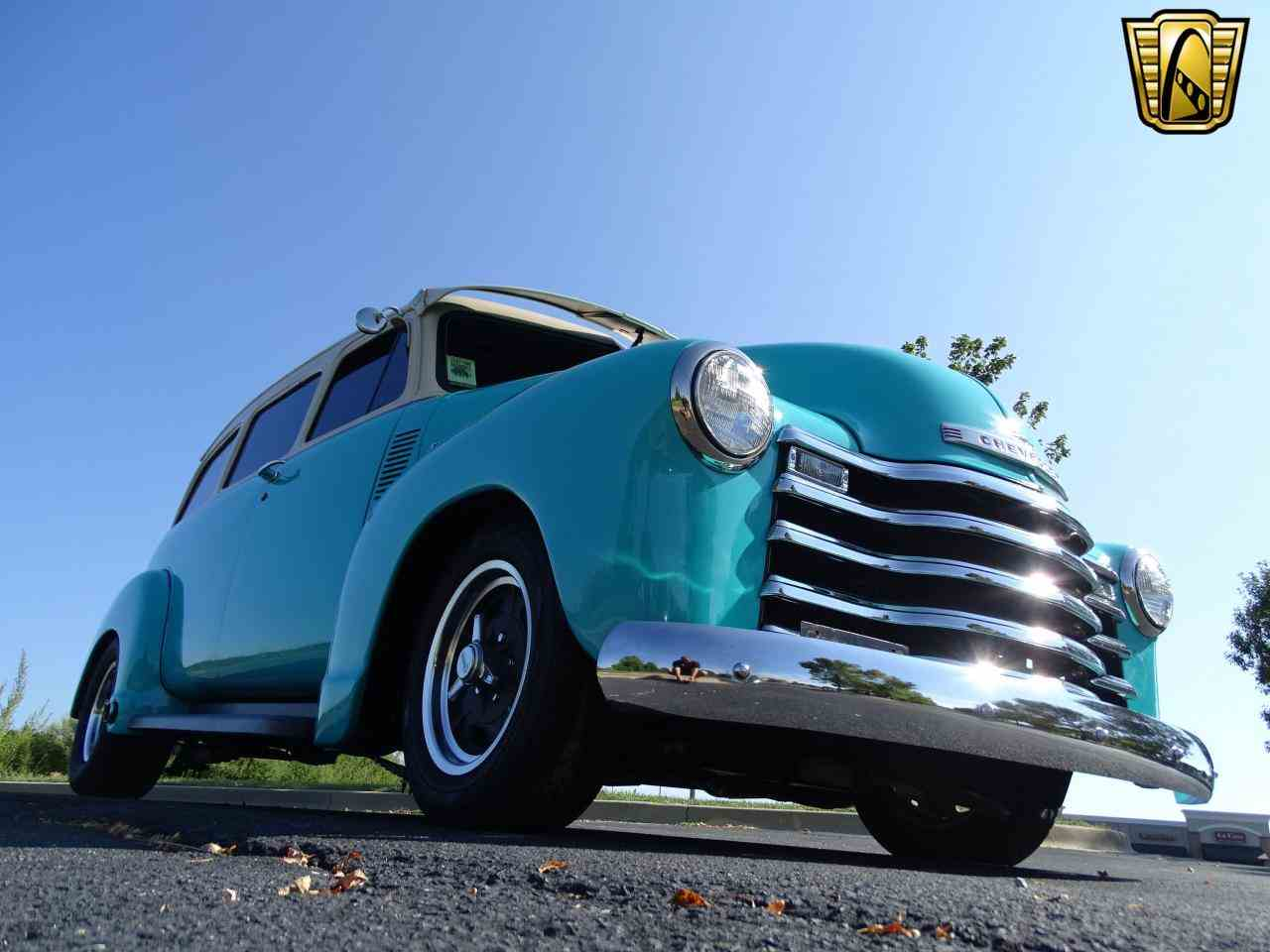 Large Picture of 1949 Suburban located in O'Fallon Illinois - LS7T
