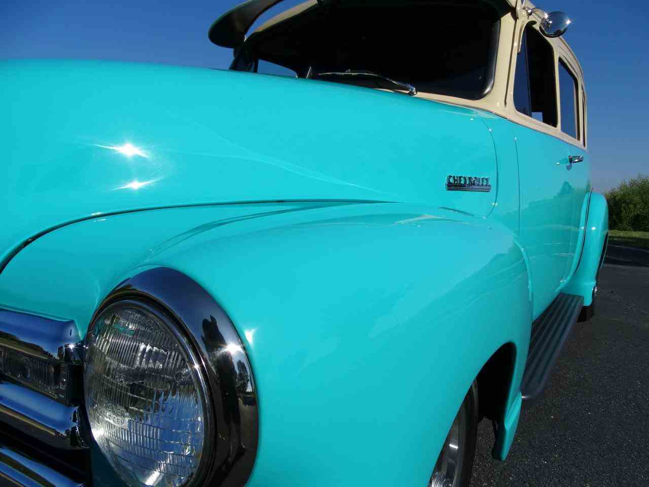 Large Picture of Classic '49 Chevrolet Suburban located in O'Fallon Illinois - LS7T