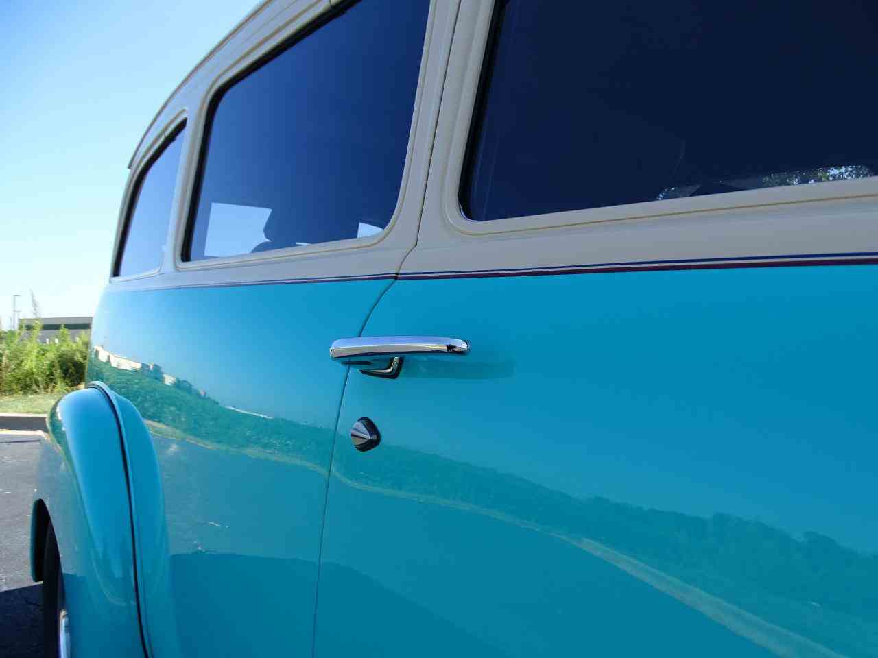 Large Picture of Classic 1949 Chevrolet Suburban located in Illinois - LS7T
