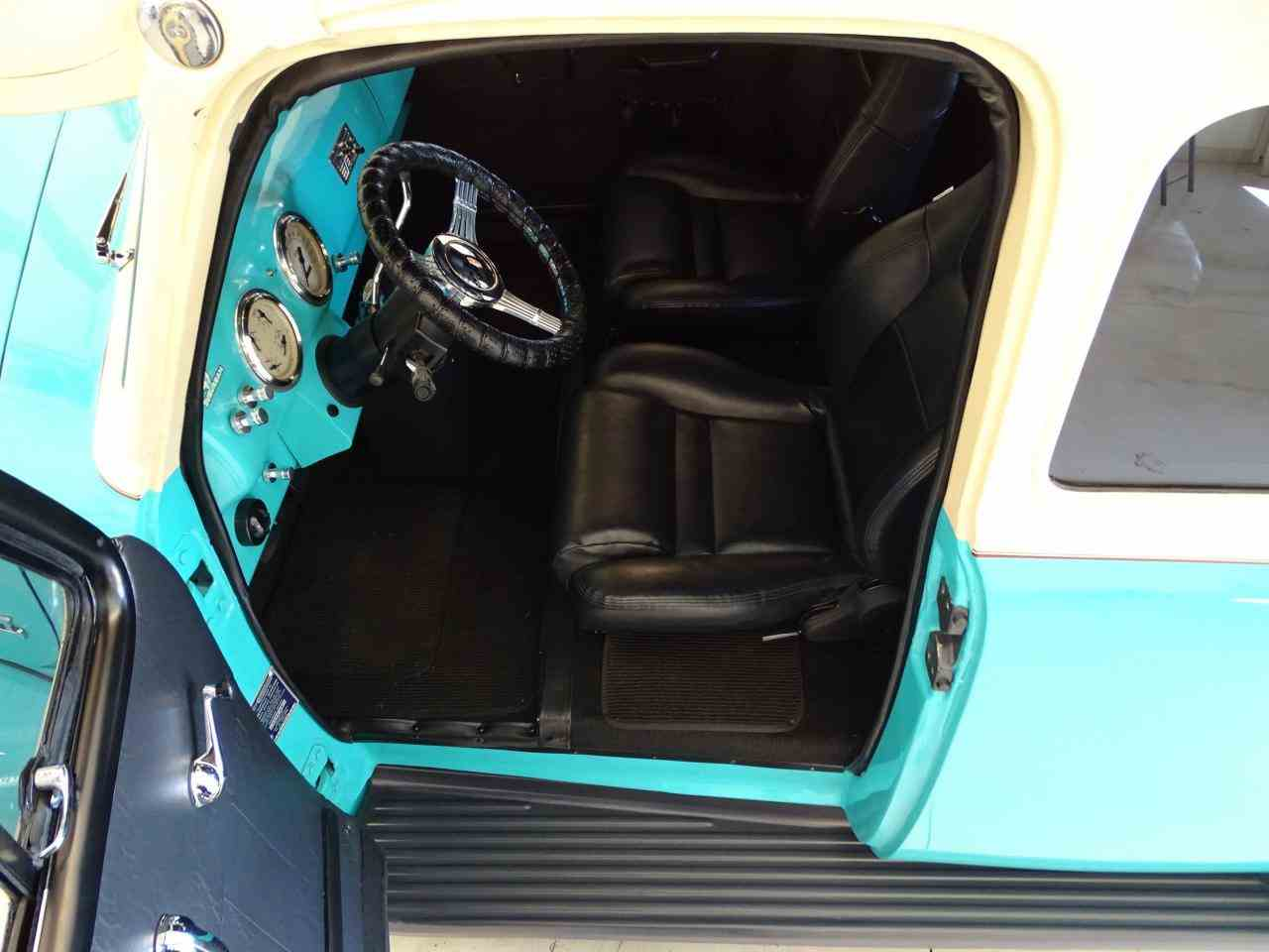 Large Picture of Classic 1949 Chevrolet Suburban Offered by Gateway Classic Cars - St. Louis - LS7T