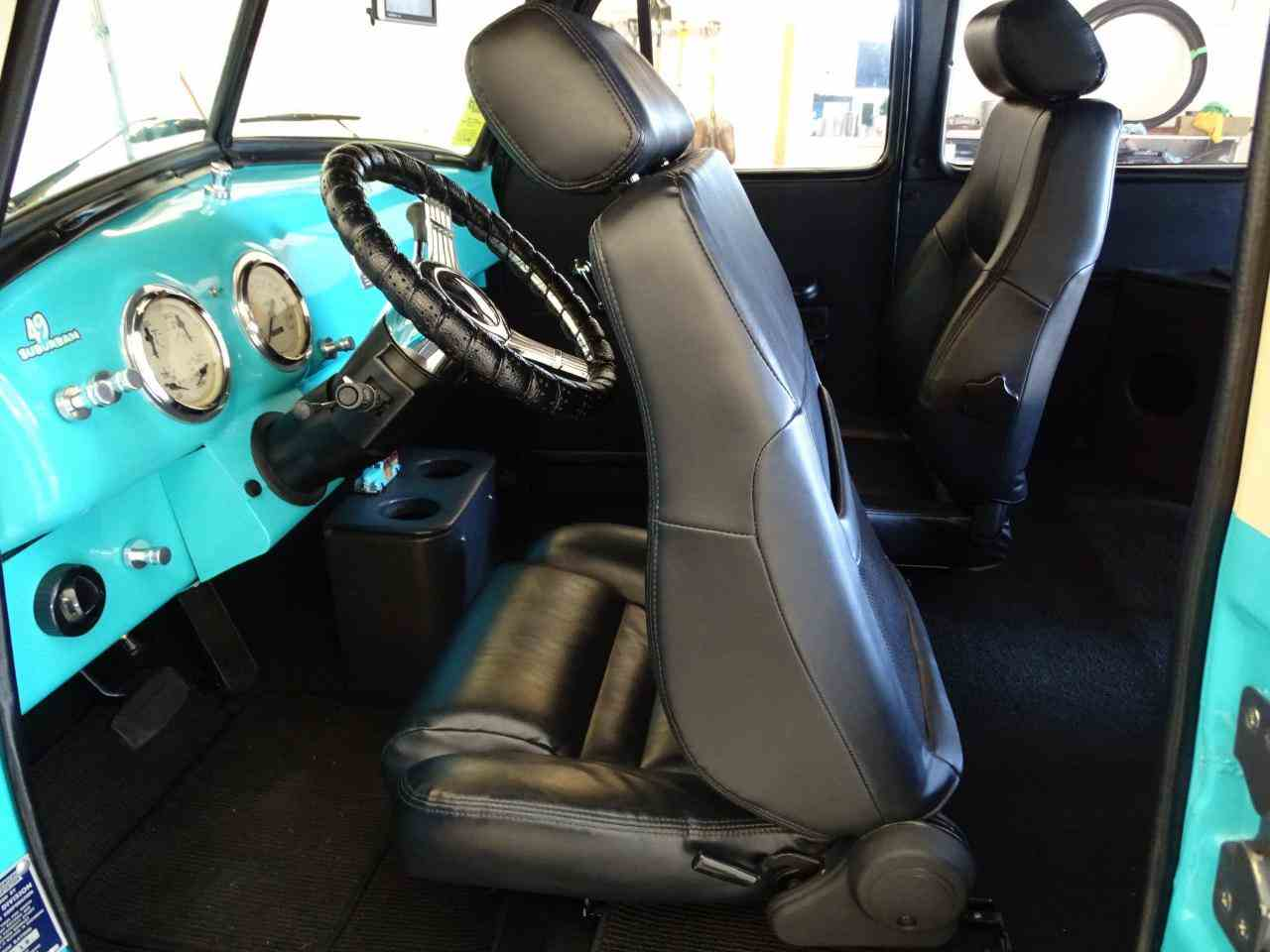 Large Picture of Classic '49 Chevrolet Suburban Offered by Gateway Classic Cars - St. Louis - LS7T