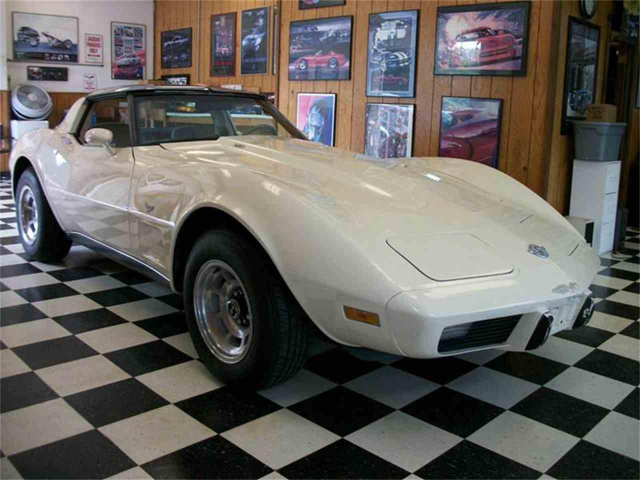 Large Picture of 1978 Corvette - LS8U