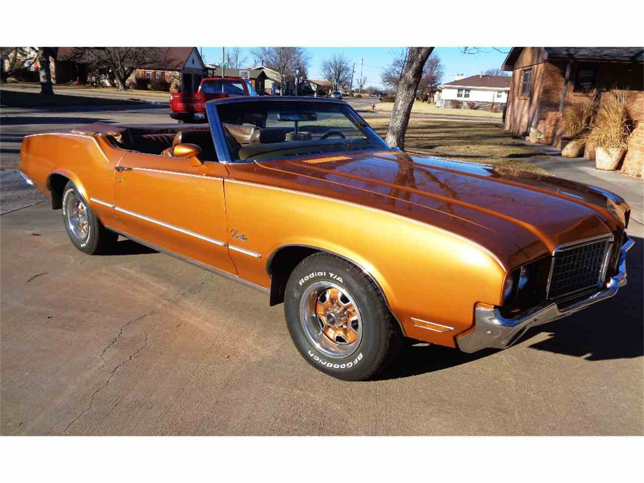 Large Picture of Classic 1972 Cutlass Supreme located in Kansas - LSCS