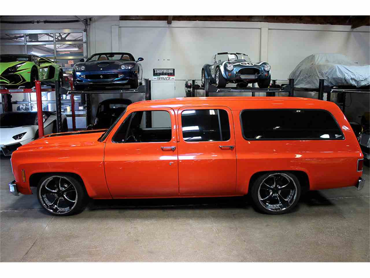Large Picture of '73 Suburban - LSDZ