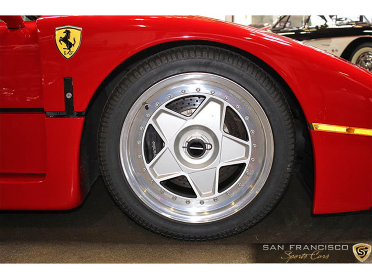 Large Picture of '90 F40 located in California Auction Vehicle - LSEF