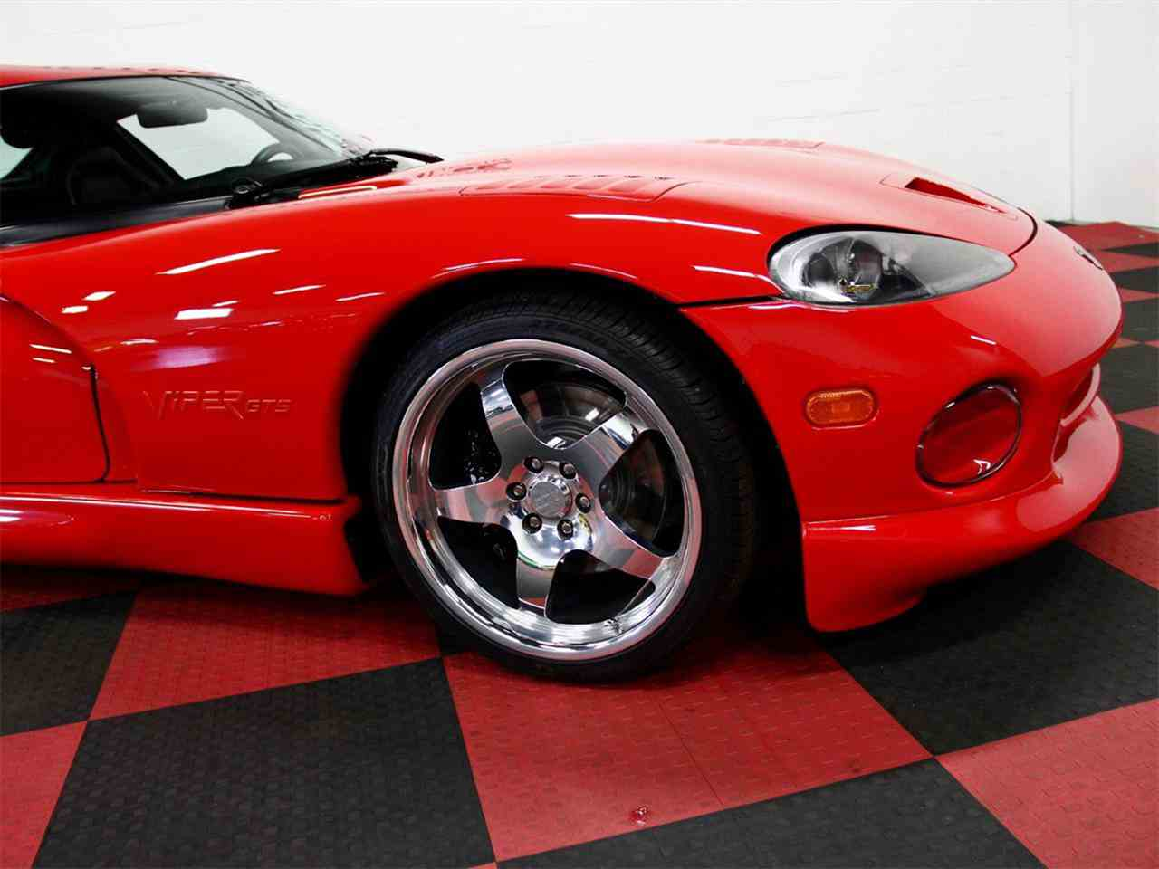 Large Picture of '98 Dodge Viper - $47,000.00 Offered by a Private Seller - LSFT
