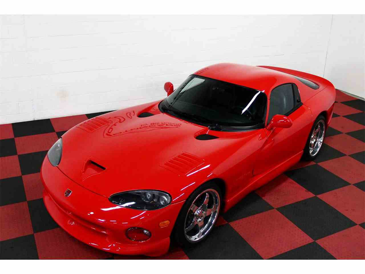 Large Picture of '98 Dodge Viper located in Illinois - $47,000.00 Offered by a Private Seller - LSFT