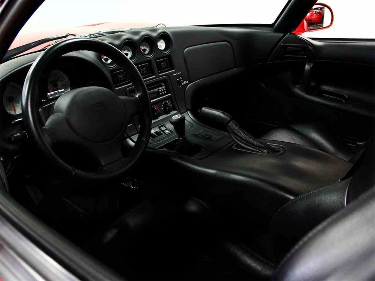 Large Picture of 1998 Dodge Viper located in Illinois Offered by a Private Seller - LSFT