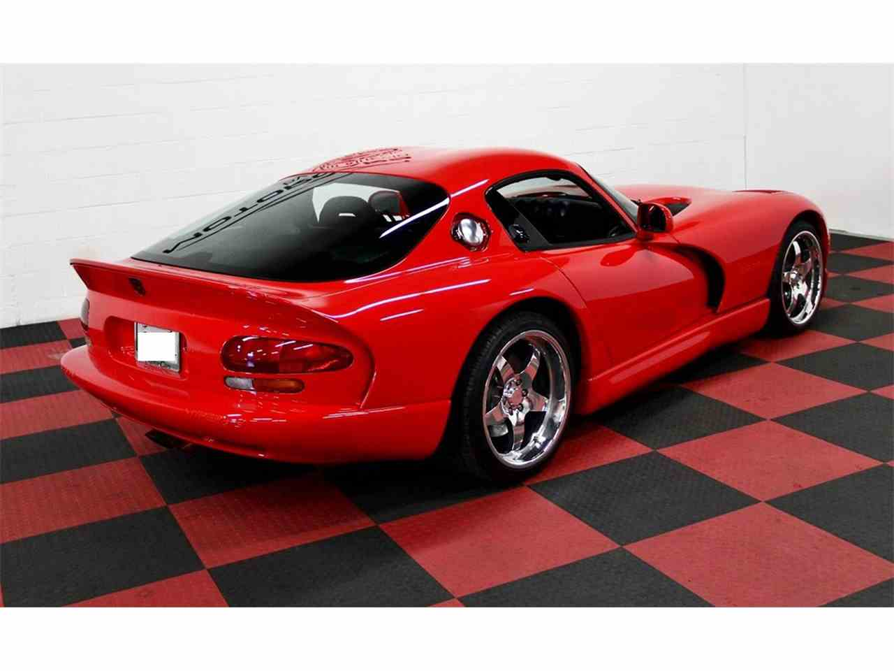 Large Picture of '98 Dodge Viper located in Illinois - $47,000.00 - LSFT